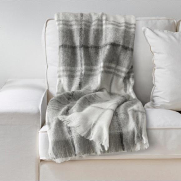 "Ikea ""Ebbalotta"" Acrylic blend throw blanket"